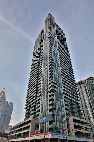 33 Bay at Pinnacle Centre photo 1